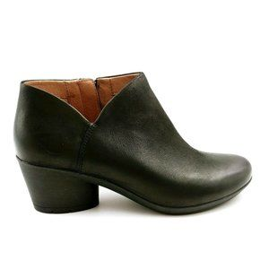 Dansko Womans Raina Black Leather Bootie 38 New